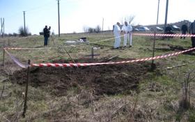 На Донбасі знайшли масове поховання бойовиків: опубліковані фото