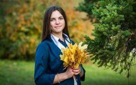 На Донбасі прощаються із загиблою від обстрілів 15-річною дівчиною: опубліковані фото