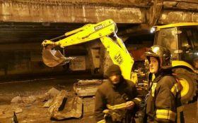 В Киеве будет жесть: появились новые фото и видео упавшего Шулявского моста