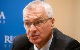 Европейскому политику запретили въезд в Украину