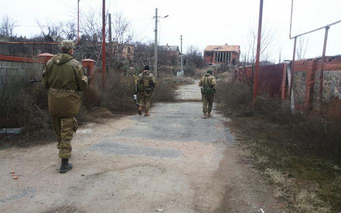 """Волонтер рассказал про """"совковый план"""" набора контрактников в украинской армии"""