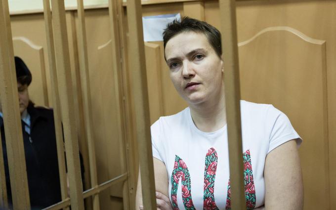 Суд по Савченко отложили, она объявила голодовку и обматерила судей