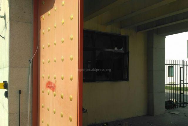 Біля посольства Китаю в столиці Киргизії стався потужний вибух: з'явилися фото (1)