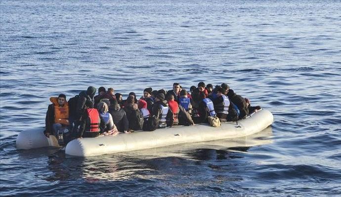 НАТО введет патрули в Эгейском море для отслеживания контрабандистов