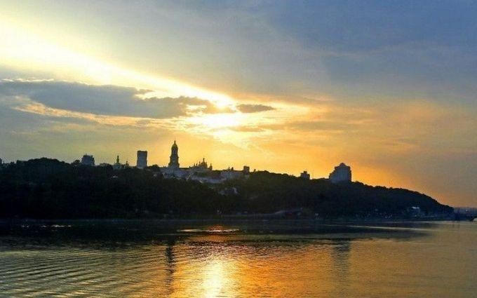 Слідом за похолоданням в Україну прийде тепло: з'явився прогноз погоди на тиждень