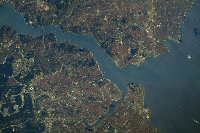 Як виглядає Чорне море з космосу: астронавт показав нове вражаюче фото (2)