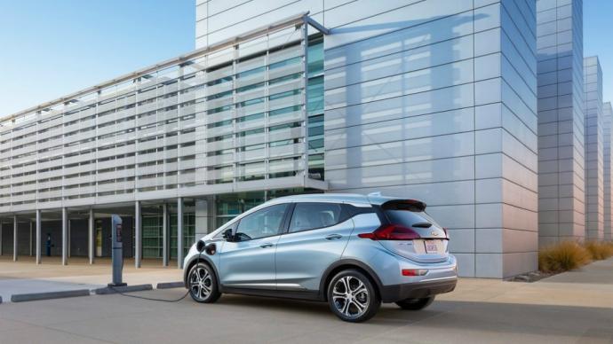 Електрокар Chevrolet Bolt отримав 200-сильний мотор (5 фото) (2)