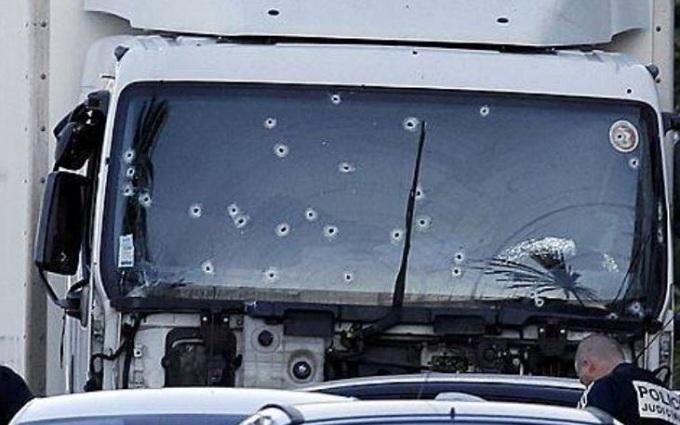 Теракт в Ніцці: в мережі висміяли домисли журналістів Путіна