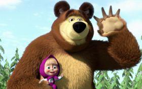"""В Великобритании назвали мультфильм """"Маша и медведь"""" оружием пропаганды Кремля: в России истерично ответили"""