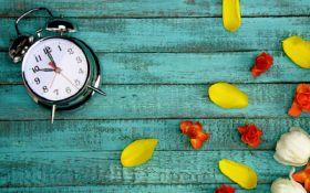 Перехід на літній час 2019: коли переводять годинники в Україні