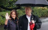 Зато прическа не испортилась: Трамп не поделился зонтом с женой, чем возмутил сеть