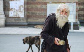 У Росії введуть продовольчі картки, але поки на них нема грошей: соцмережі сміються