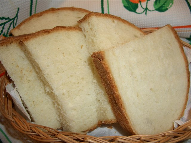 Белый хлеб улучшает работу кишечника