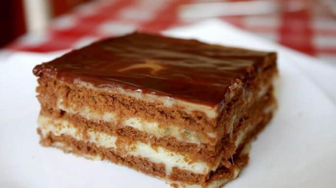 ТОП-6 смачних тортів з печива, які не потрібно пекти (3)