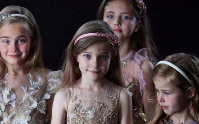 Тиждень високої моди в Парижі: з'явилися фото найяскравіших образів Elie Saab