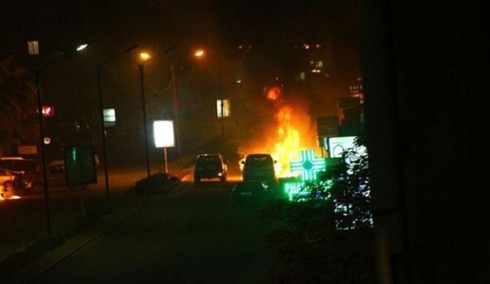 После окончания осады отеля поступают сообщения о новом нападении в Буркина-Фасо