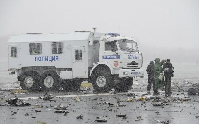 Крушение самолета в России: опубликованы новые фото с места катастрофы