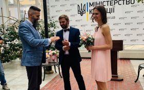 Главный таможенник Украины женился экспресс-браком