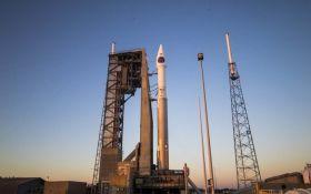США запустили в космос ракету з супутником-шпигуном на борту: опубліковано вражаюче відео