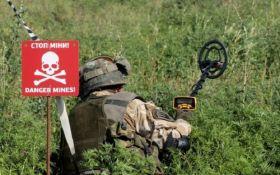 На Донбасі підірвалась група саперів, один військовий загинув