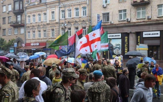 Это уже другая Украина: в соцсетях продолжают делиться впечатлениями от парада в Киеве