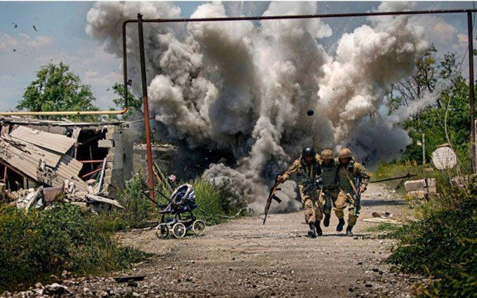 Танки війни: герой недавнього скандалу виклав нові яскраві фото з Донбасу