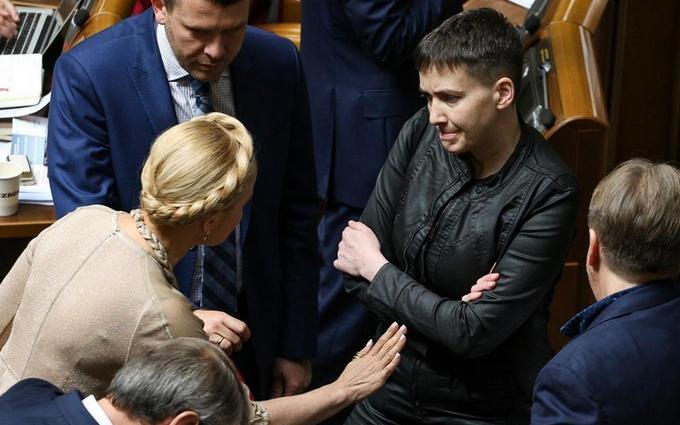 Тимошенко повернулася до звичного іміджу: опубліковані фото