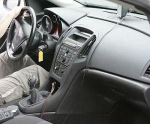 Появились фотографии салона новой Opel Astra