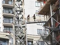 В Нью-Йорке запретили подъемные краны