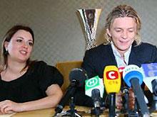 Тимощук показал Донецку европейский трофей