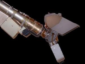 """Зонд """"Феникс"""" добыл первый образец марсианского грунта"""