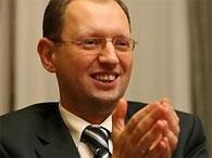 Яценюк: Политическая нестабильность Украины из-за установления демократии