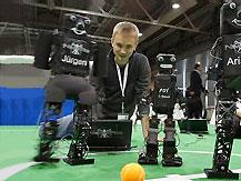 В 2025 году футбольные роботы смогут обыграть сильнейшую команду в мире