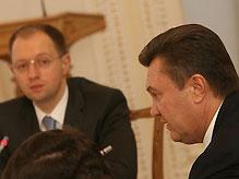 Янукович обвинил Яценюка в заговоре с БЮТ