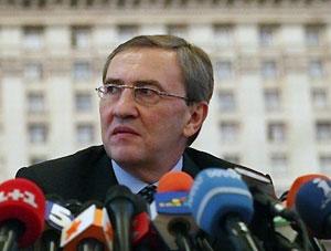 Черновецкий хочет отправить Кабмин в отставку
