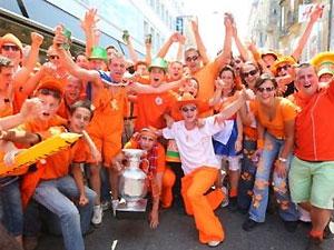Голландские болельщики пожелали сборной России выиграть Евро-2008