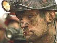 Тимошенко обещает шахтерам поднять зарплату