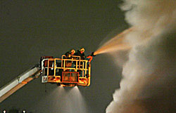 Под Петербургом горит крупнейшая на северо-западе РФ свалка химотходов
