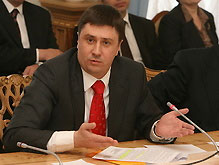 Кириленко просит Тимошенко не забирать полномочий у Ющенко