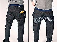 Молодой дизайнер скрестил клавиатуру с джинсами