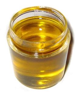 Подсолнечное масло из Украины могли испортить нарочно