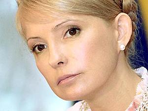 Депутаты просят Тимошенко назвать имя премьера в правительстве суперкоалиции