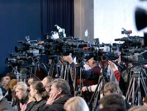 Большинство журналистов не пустили в зал Апелляционного админсуда Киева