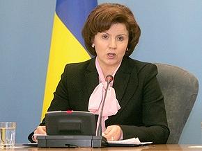 Ющенко призвал Яценюка заставить Раду работать
