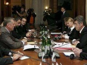 Ющенко: Украина выступает за переход на рыночную цену на газ