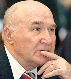 Комиссия по НБУ предлагает устранить Стельмаха на период своей работы