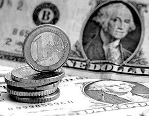 НБУ твердо держит гривню на 7,70 за доллар