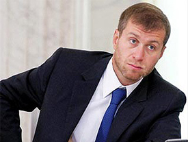 """Абрамович подал в суд на написавшую о продаже """"Челси"""" газету"""
