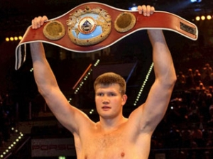 Украинец и россиянин будут драться за титул чемпиона