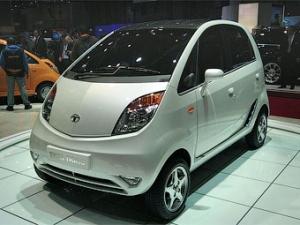 В Индии начался выпуск самого дешевого автомобиля в мире